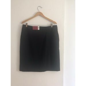 NWT 212 Collection Black Pleated Pencil Skirt
